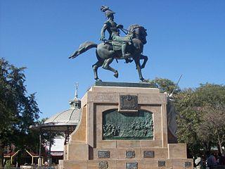 320px monumento a belgrano en santiago del estero