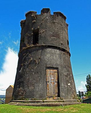 Torreón Los Canelos, construido en 1774.