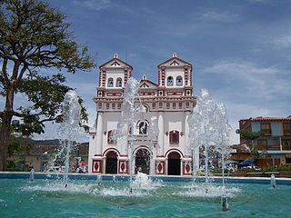 320px iglesia de guatape
