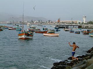 320px peru lima harbor ancon