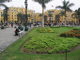 320px lima plaza mayor1