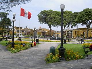 320px plaza principal de pueblo libre