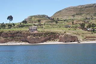 320px luquina en la peninsula de capachica en puno