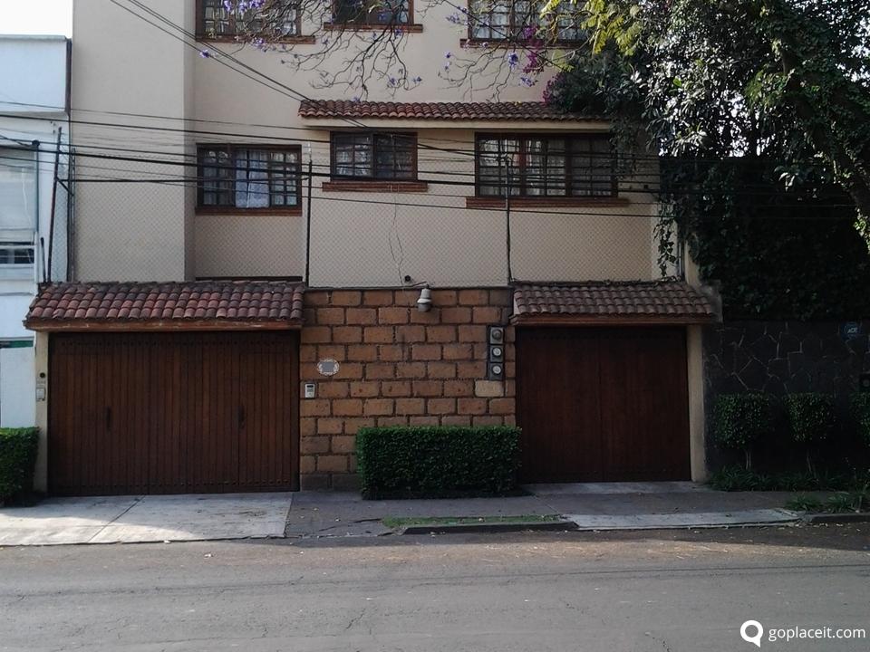 Venta de casa en del valle centro goplaceit for Compro casa roma centro