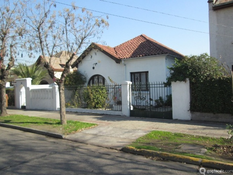 Casa en venta en u oa santiago goplaceit for Inmobiliaria 3 casas