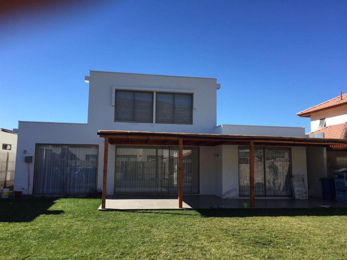 Casa en arriendo en colina chacabuco goplaceit for Inmobiliaria 3 casas
