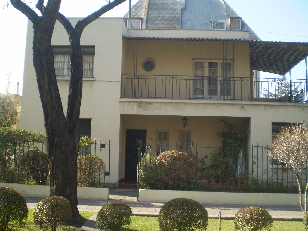 Casa en venta en providencia santiago goplaceit for Inmobiliaria 3 casas