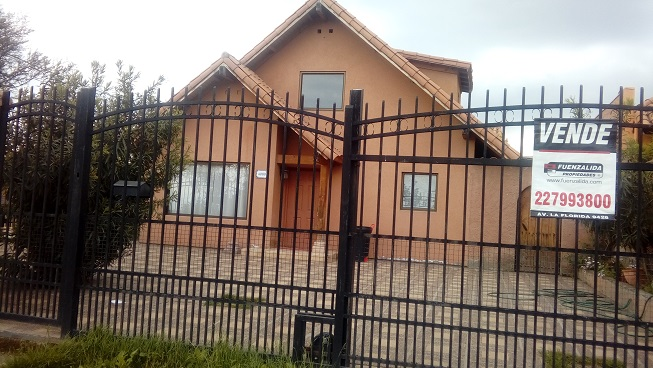 Casa En Venta En La Florida Santiago Goplaceit