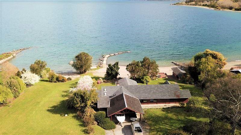 749839797fe9e Casa en Venta en Increíble Casa Orilla Lago Ranco   60 mts de playa - 5  dormitorios - 5 baños - 200 m2
